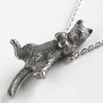 銀工房AramaRoots(アラマルーツ)ごろん猫のネックレス シルバー いぶし [AP59]