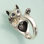 【2色の瞳から選べます!】銀工房AramaRoots(アラマルーツ)猫リング シルバー ストーンアイ サファイア・ルビー[AR27C]