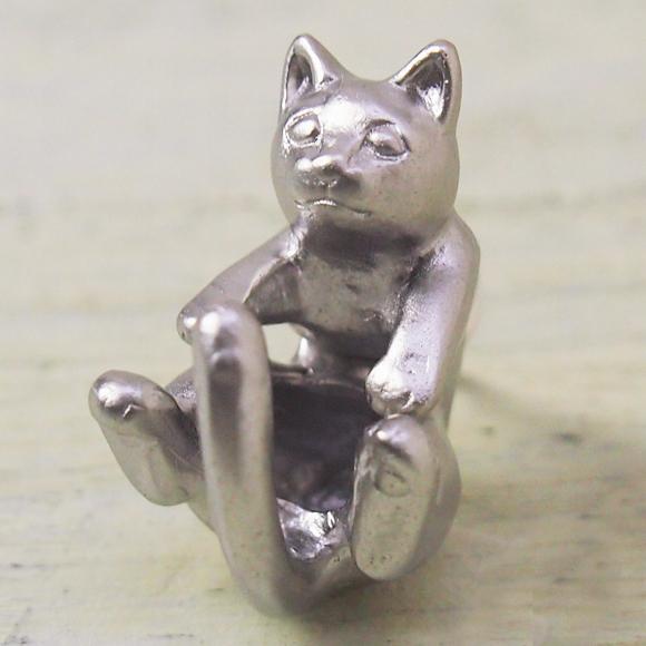 """銀工房AramaRoots(アラマルーツ)猫ピアス """"ラテュ"""" 真鍮 シルバーコーティング 片耳 [AY13-S]"""