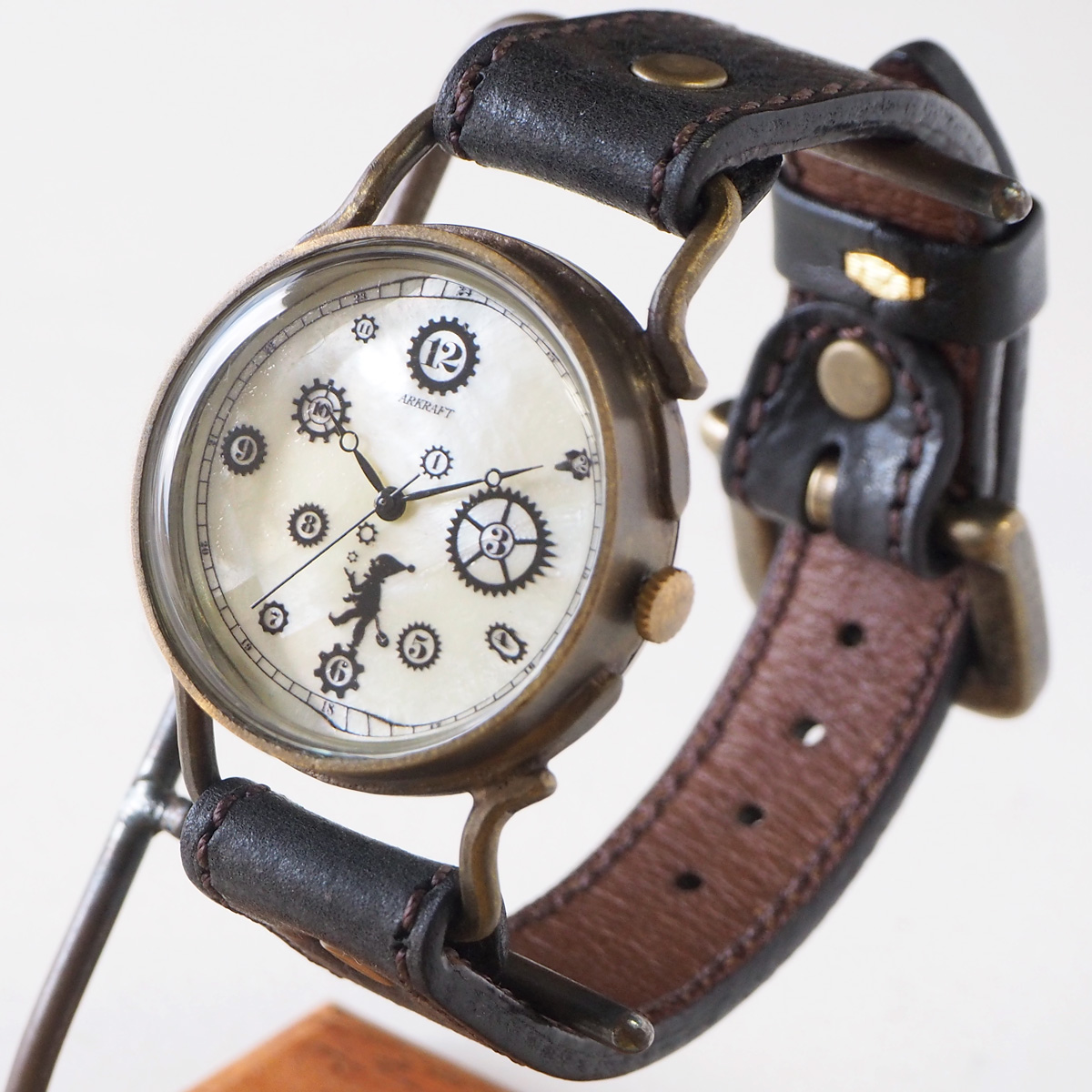 "ARKRAFT(アークラフト) 時計作家・新木秀和 手作り腕時計 ""Pivo Large"" ホワイトシェル文字盤 プレミアムストラップ [AR-C-014-WH]"