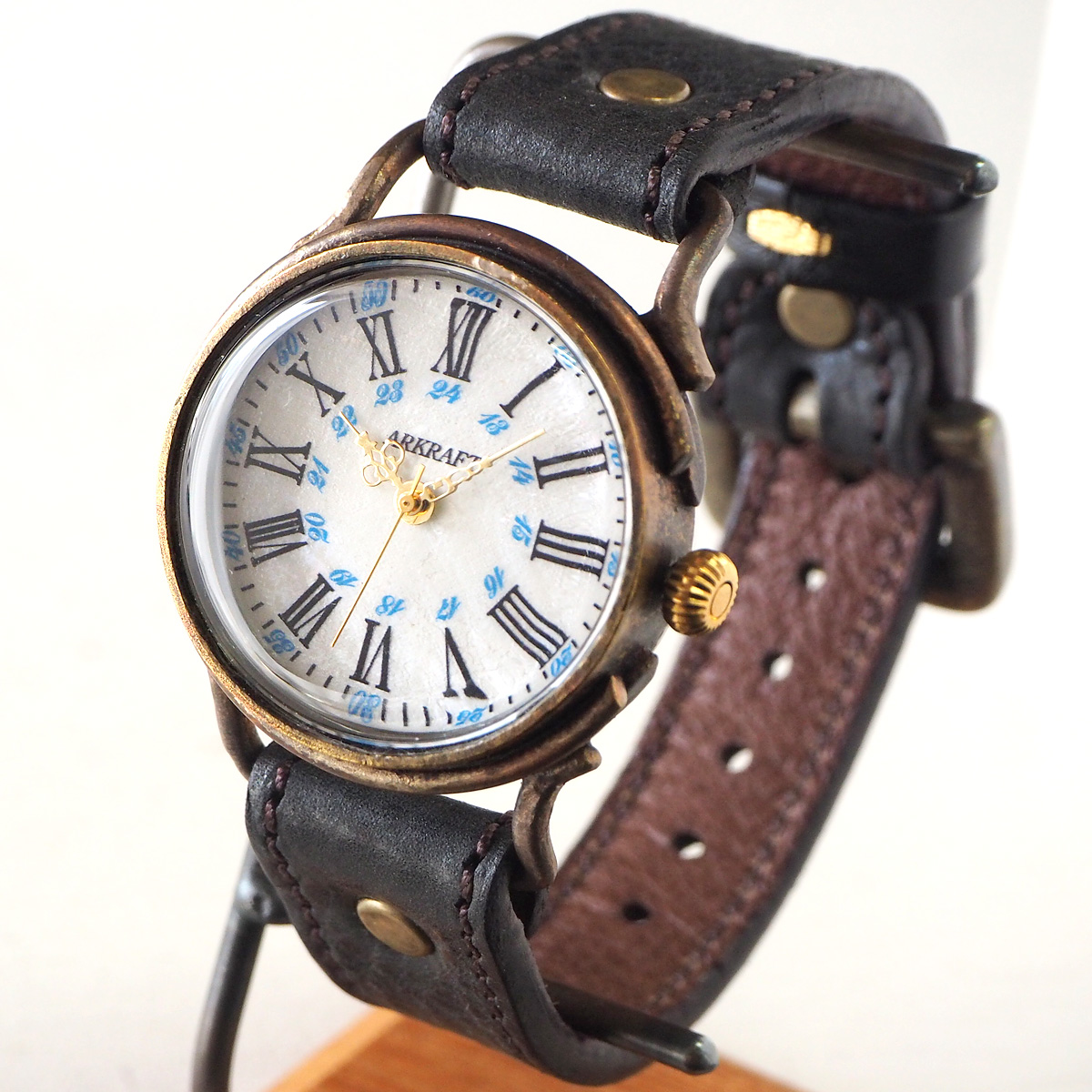 "ARKRAFT(アークラフト) 時計作家・新木秀和 手作り腕時計 ""Drake Large"" ホワイトシェル&ブルードット プレミアムストラップ [AR-C-019-WH-BL]"