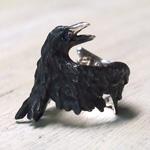 DECOvienya(デコヴィーニャ)手作りアクセサリー こうもりリング 傷ついたカラスリング ブラック [DE-071B]