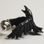 DECOvienya(デコヴィーニャ) 手作りアクセサリー カラスのピアス ブラック 片耳 [DE-079B]