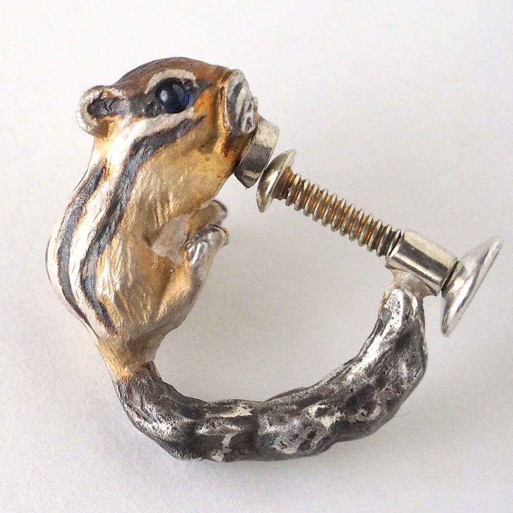 DECOvienya(デコヴィーニャ) 手作りアクセサリー シマリスのイヤリング シルバー 片耳 [DE-088-E]