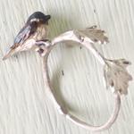 DECOvienya(デコヴィーニャ) 手作りアクセサリー ヒガラのリング シルバー [DE-105]