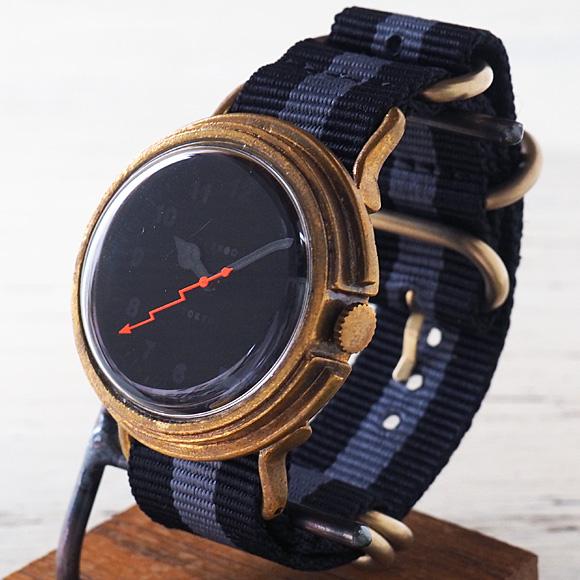 """GENSO(ゲンソウ) 手作り腕時計 """"Second"""" ミニマルウォッチ ブラック文字盤 真鍮 NATOナイロンベルト[SECO-BL-BS3]"""