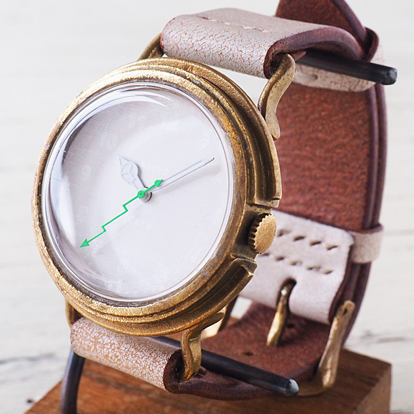 "GENSO(ゲンソウ) 手作り腕時計 ""Second"" ホワイト文字盤 真鍮 イタリアンレザーベルト[SECO-WH-BS1]"