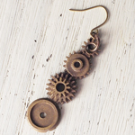 JOIE INFINIE DESIGN(ジョイ アンフィニィ デザイン)手作りアクセサリー 歯車ピアス 片耳[H-002]