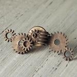JOIE INFINIE DESIGN(ジョイ アンフィニィ デザイン)手作りアクセサリー 歯車ピンバッチ [H-003]