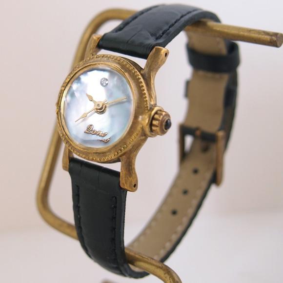 Lano(ラノ) 手作り腕時計 シェル×ダイヤ文字盤 水晶風防 真鍮 ラウンドモデル [LN-6004]