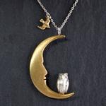 sasakihitomi (佐々木ひとみ)手作りアクセサリー 月とふくろうネックレス シルバー&真鍮 [No-017]
