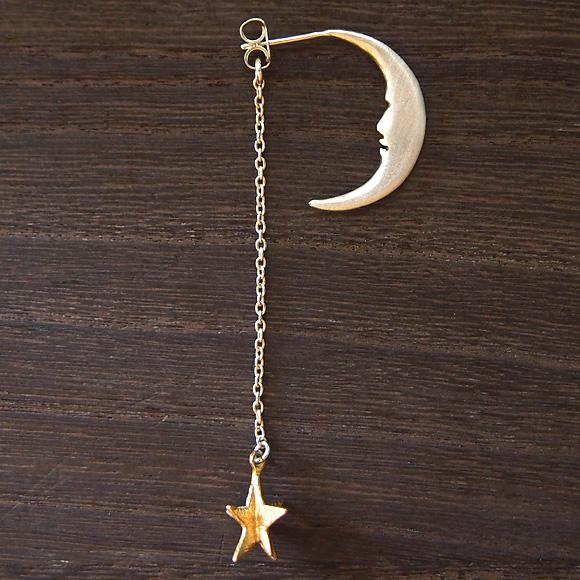 sasakihitomi アクセサリー作家・佐々木ひとみ 月と星のピアス Sサイズ 片耳 シルバー  [No-039-S]